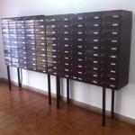 Tablo poštovních schránek z prava.
